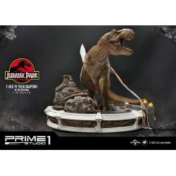 t-rex vs velociraptors